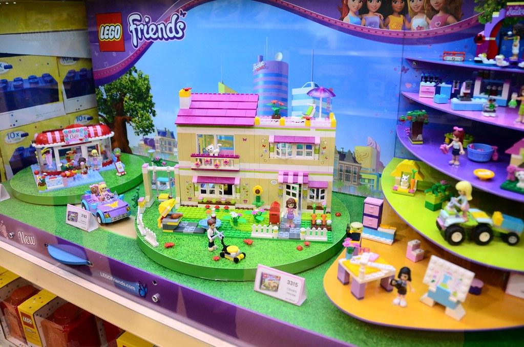Lego  Friends Stephanie S Beach House Set