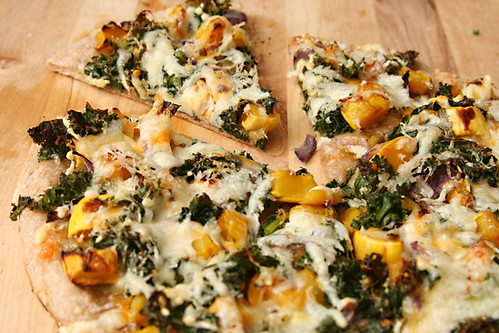 squash kale pizza 6 | by crumblycookie