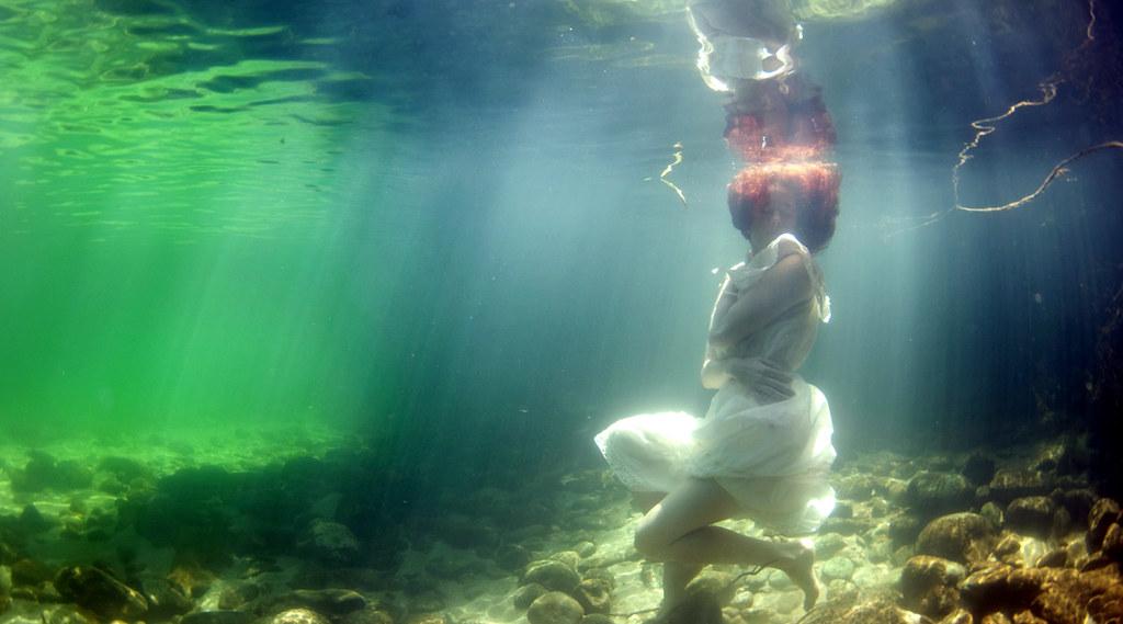 www.underwaterfashion.org - #1 resource for underwater fas