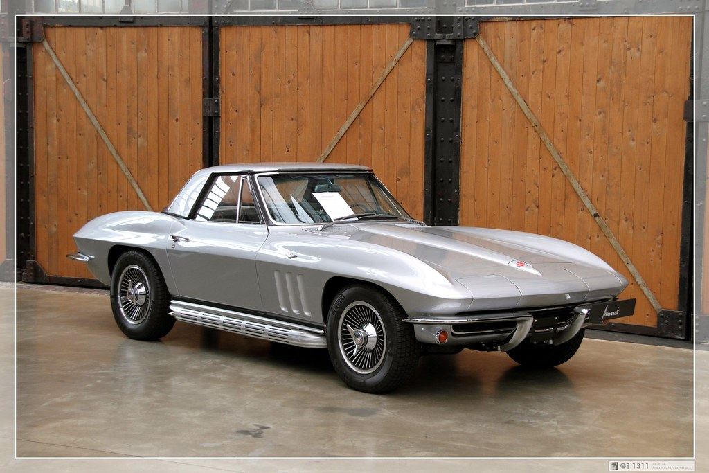1965 Chevrolet Corvette C2 Sting Ray Convertible 1963