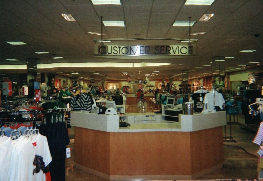Dillard S El Centro Ca Customer Service Counter In