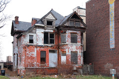 Link to How to Invest in a Blighted Neighborhood
