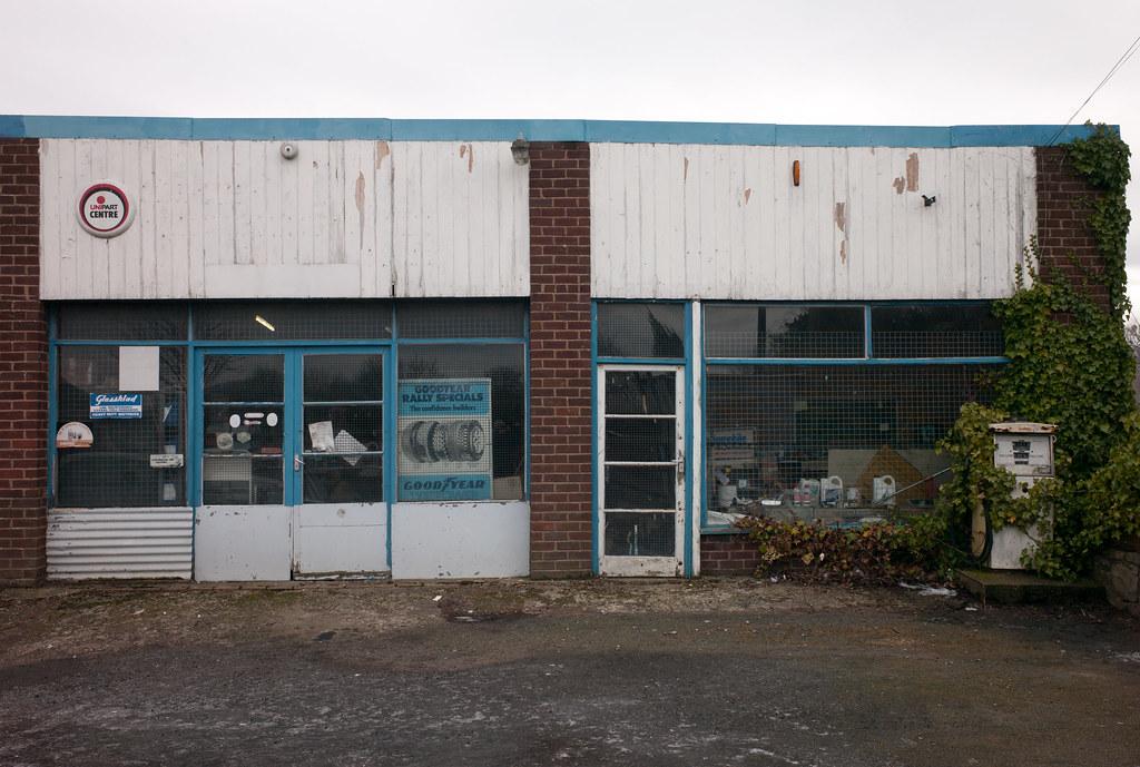 035 harley 39 s garage mr harley ran his garage until for Garage new s villejuif