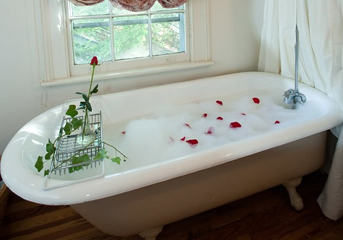 Claw Tub at the Inn on Poplar Hill | by PoplarHill