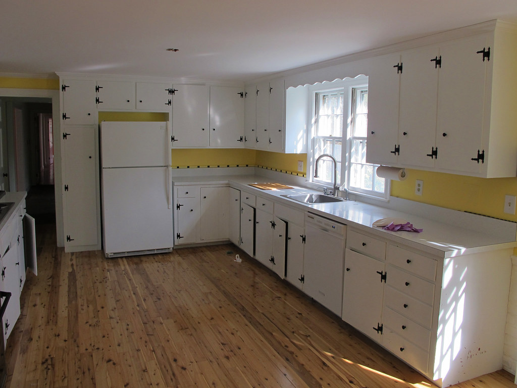 Painted Knotty Pine Painted Cabinets And Knotty Pine Floor In The Kitchen Flickr