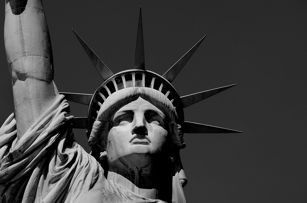 Statue of liberty black and white really hard to take for Art minimaliste noir et blanc