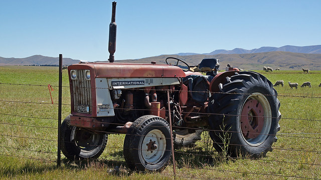 ih 606 tractor info bing images 1942 Farmall H Wiring Diagram Farmall 706 Wiring-Diagram