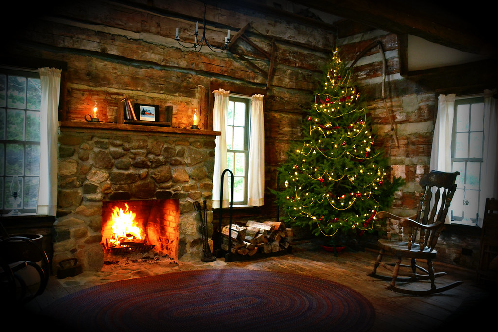 Christmas cabin at hidden hollows interior this is a for Cabin fireplace pictures