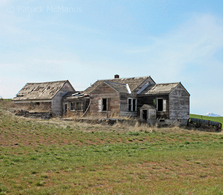 Abandoned Farm House Washington State Way Off In The