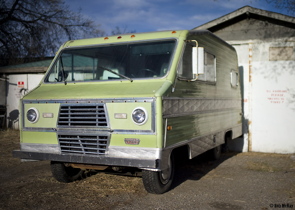 Vintage Ford Camper (RV) | This is a very cool old camper ...