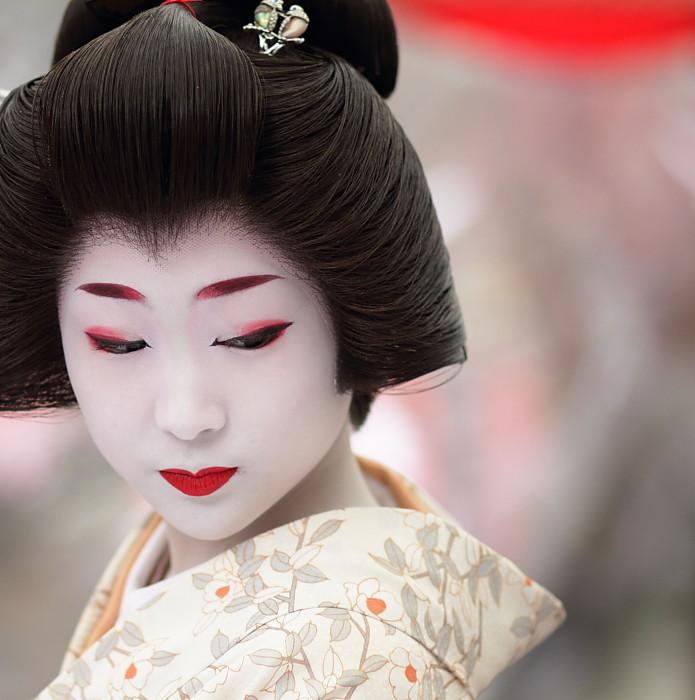Geisha | U82b8u5993 U52ddu7460u3055u3093 Kyoto Japan. The Geiko (geisha) Katsuru. U00a9u2026 | Flickr