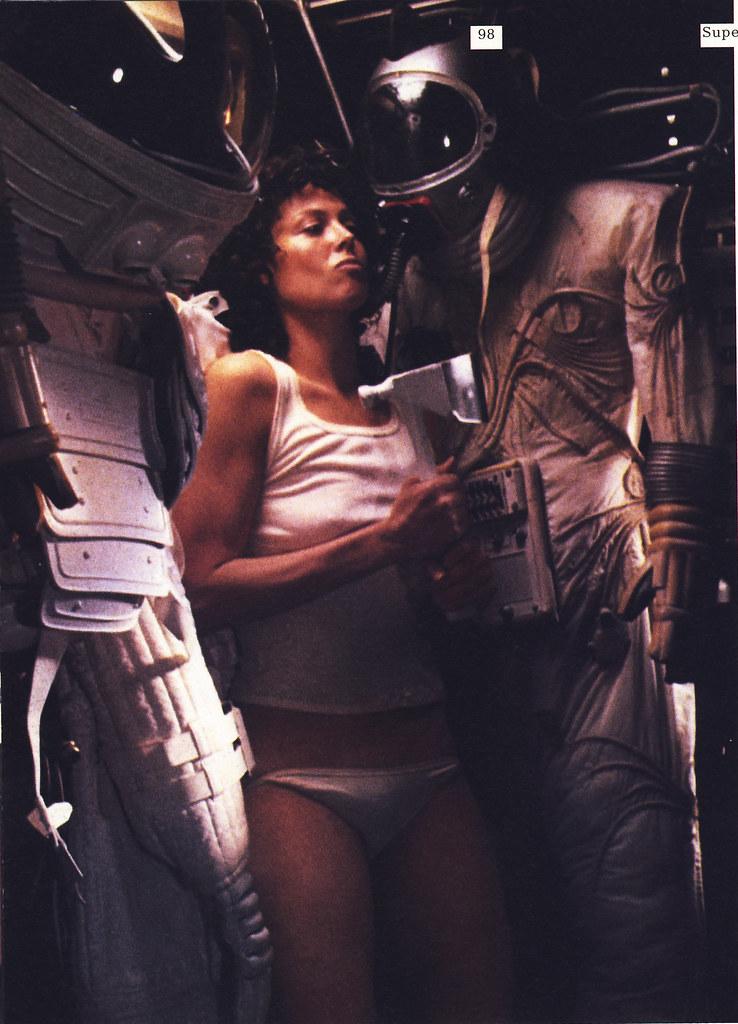 Sigourney Weaver Nude Pics  Tubezzz Porn Photos-4512