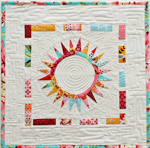 Modern Mini Contest at Ellison Lane Quilts | by BlueElephantStitches