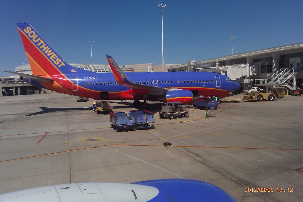 Southwest Airlines Boeing 737 At Gate 124 Orlando