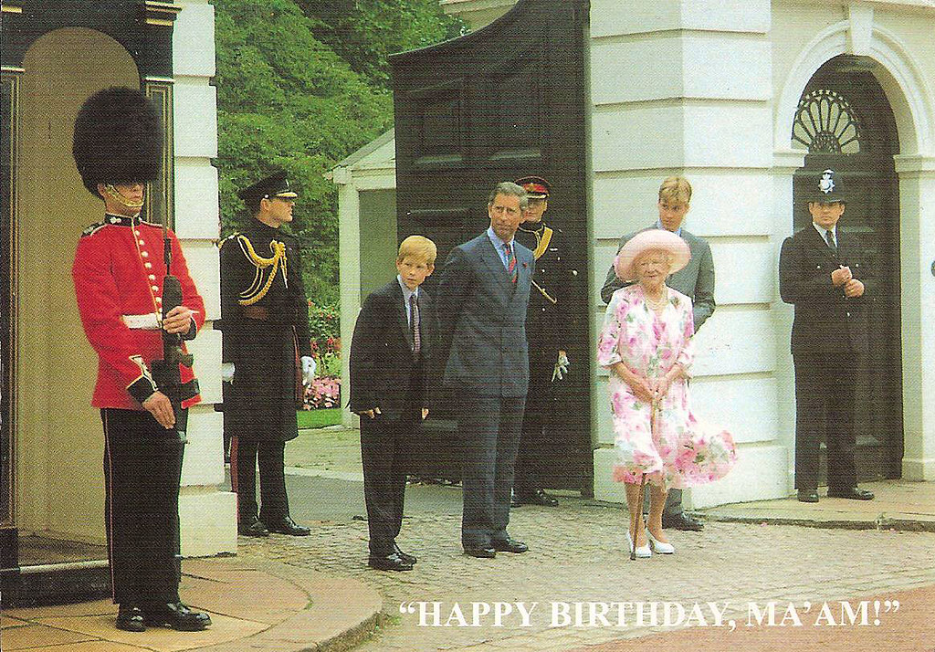 Clarence House The Photocall On The Queen Mum S Birthday
