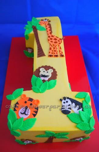 Easy Zoo Birthday Cake