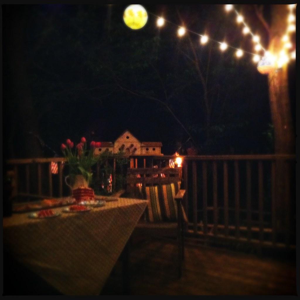Nighttime Backyard Party : Backyard Party Night Evening garden party #lights
