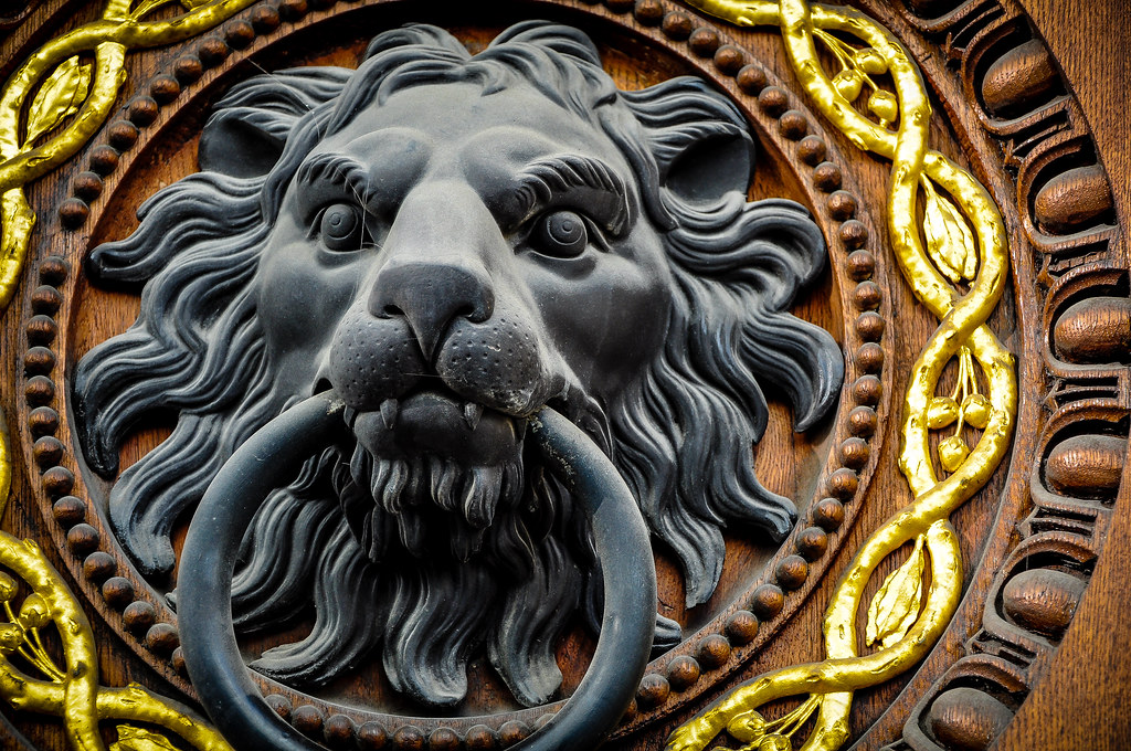 Lion head door knocker mario traar flickr - Lion face door knocker ...