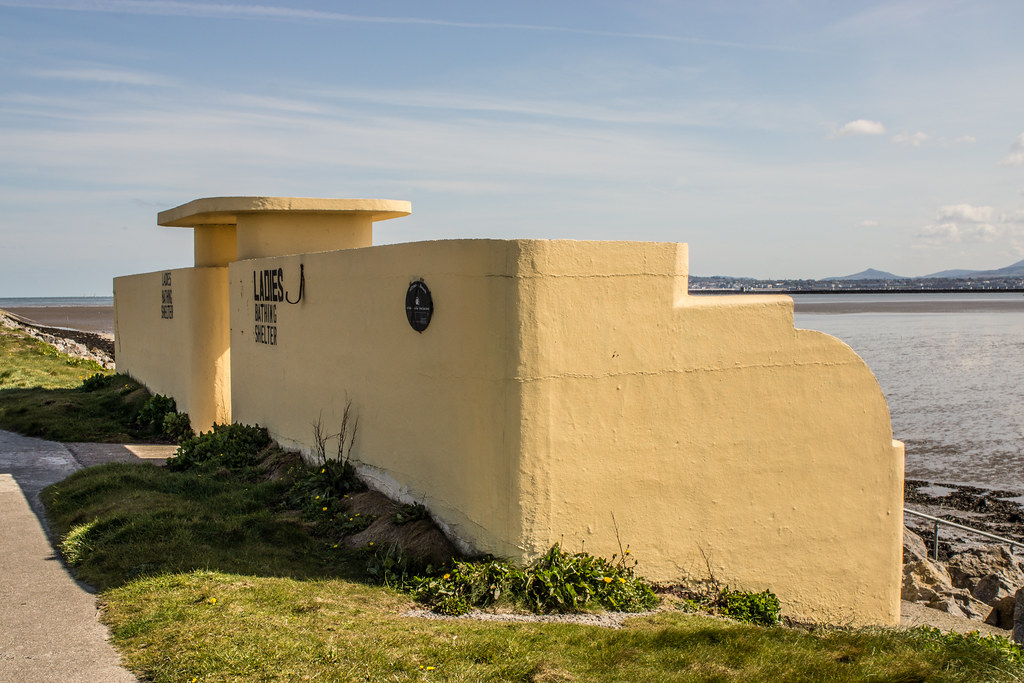 ART DECO BATHING SHELTERS AND OTHER STUCTURES 001