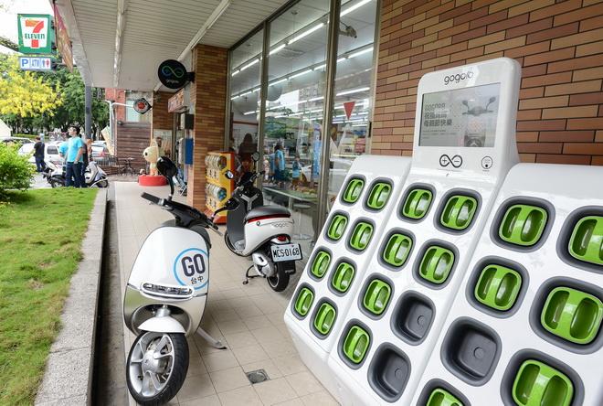 Gogoro 與7-ELEVEN 於臺中合作超過四個電池交換站 貼近車主便利生活圈