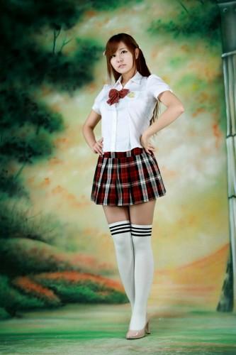Ryu-Ji-Hye-Red-and-White-School-Girl-10-333x500   chien dovanchien ...