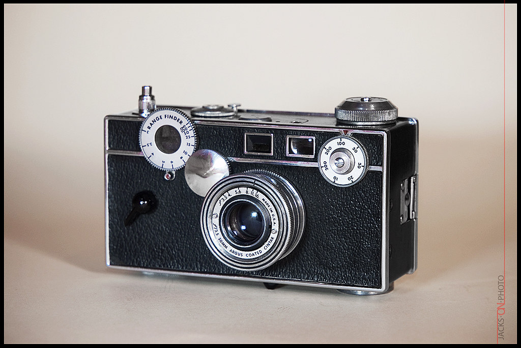argus c3 the brick argus c3 1939 the brick from ebay flickr. Black Bedroom Furniture Sets. Home Design Ideas