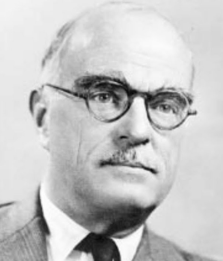 a biography of thornton niven wilder an american playwright and novelist Thornton niven wilder was born in madison connecticut, thornton wilder was an american icon, and an internationally famous playwright and novelist.