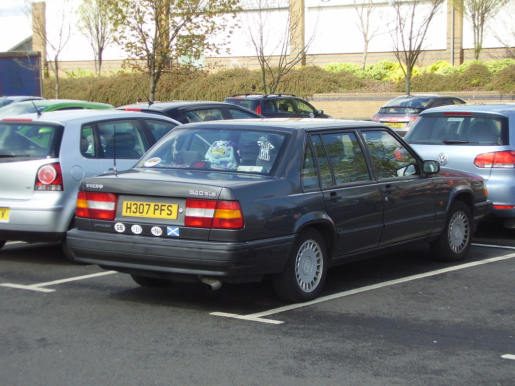 1991 volvo 940 gle 2 3 auto quite early i think for. Black Bedroom Furniture Sets. Home Design Ideas