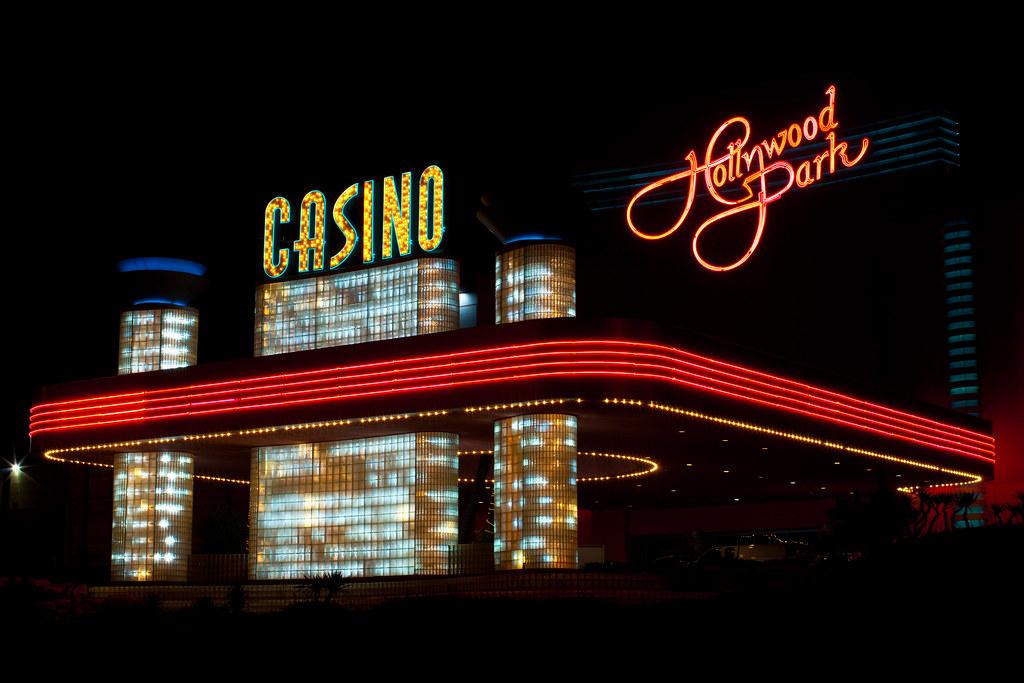 Hollywood park casino employment