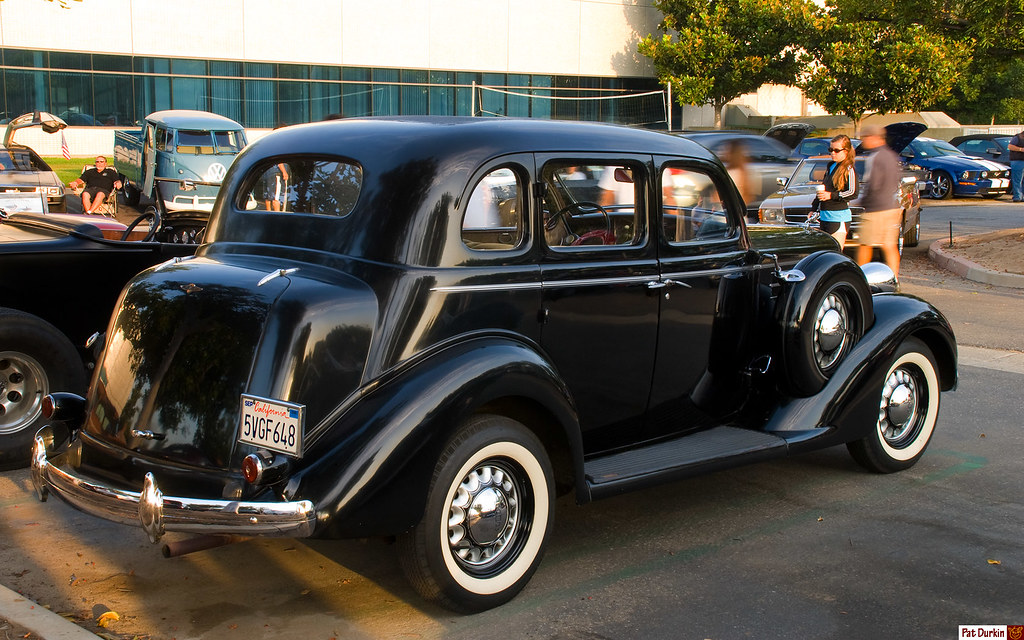 1935 dodge 4 door sedan black fvr ff cars coffee for 1935 plymouth 4 door sedan
