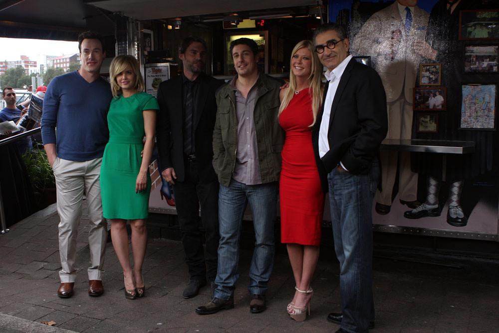 american reunion cast - photo #20