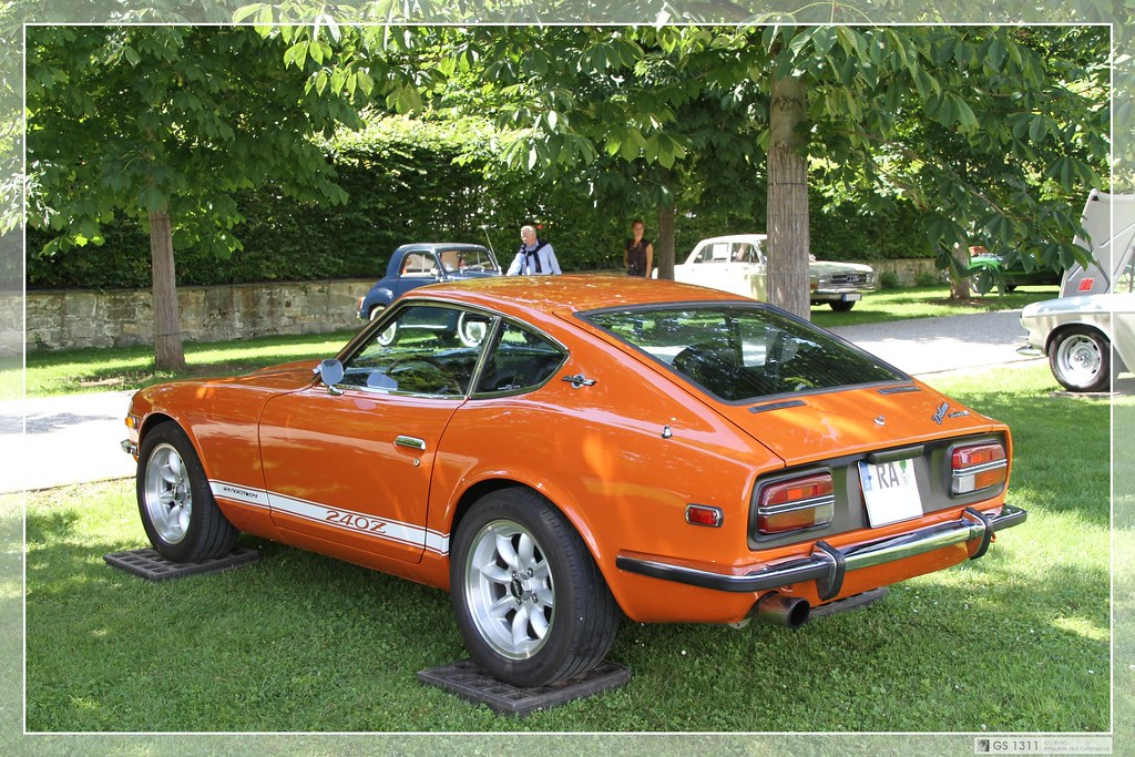 Nissan Sports Car >> 1969 Datsun 240Z (02) | The Nissan S30 (sold in Japan as the… | Flickr