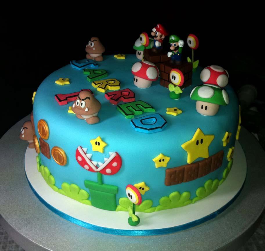 Super Mario Bros Edible Cake Decorations