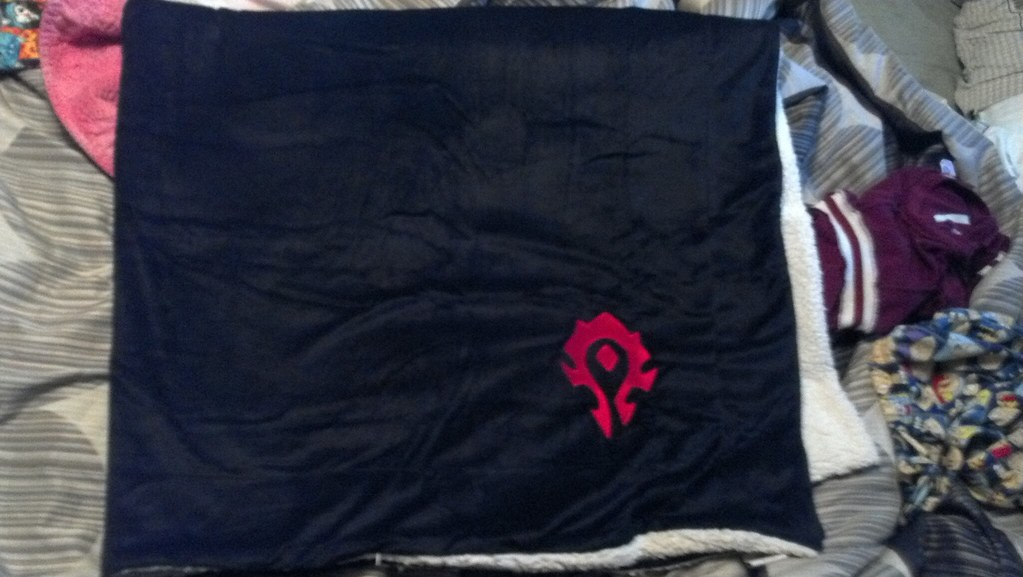 Horde Throw Blanket I Purchsed This Blanket The Other