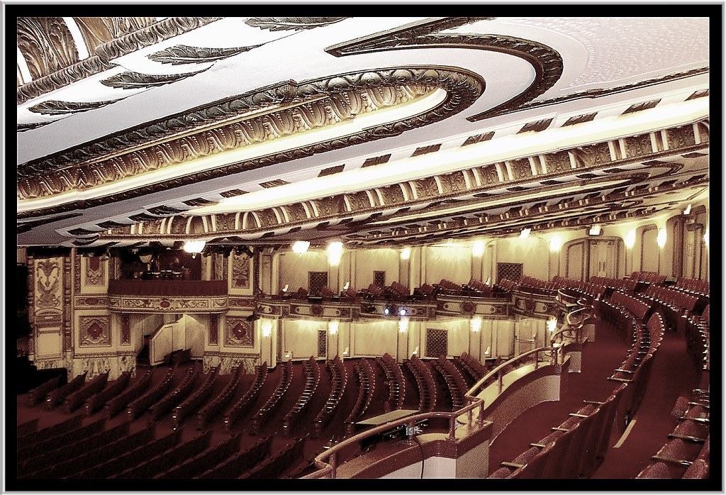 Chicago Il ~ Cadillac Palace Theatre ~ Balcony View