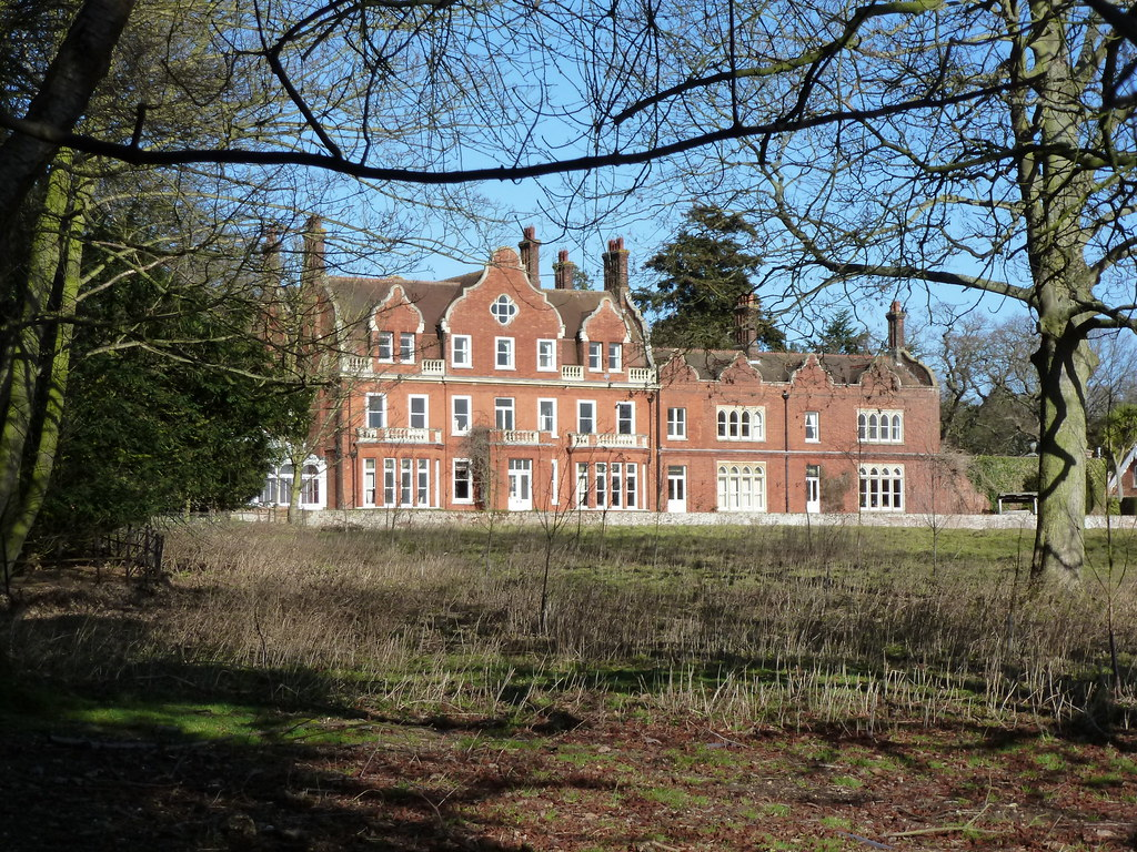 Country house broome place broome norfolk country for Country house online