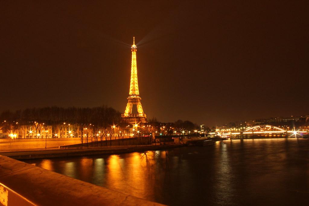 foto de La Ville Lumière Dafne Cholet Flickr