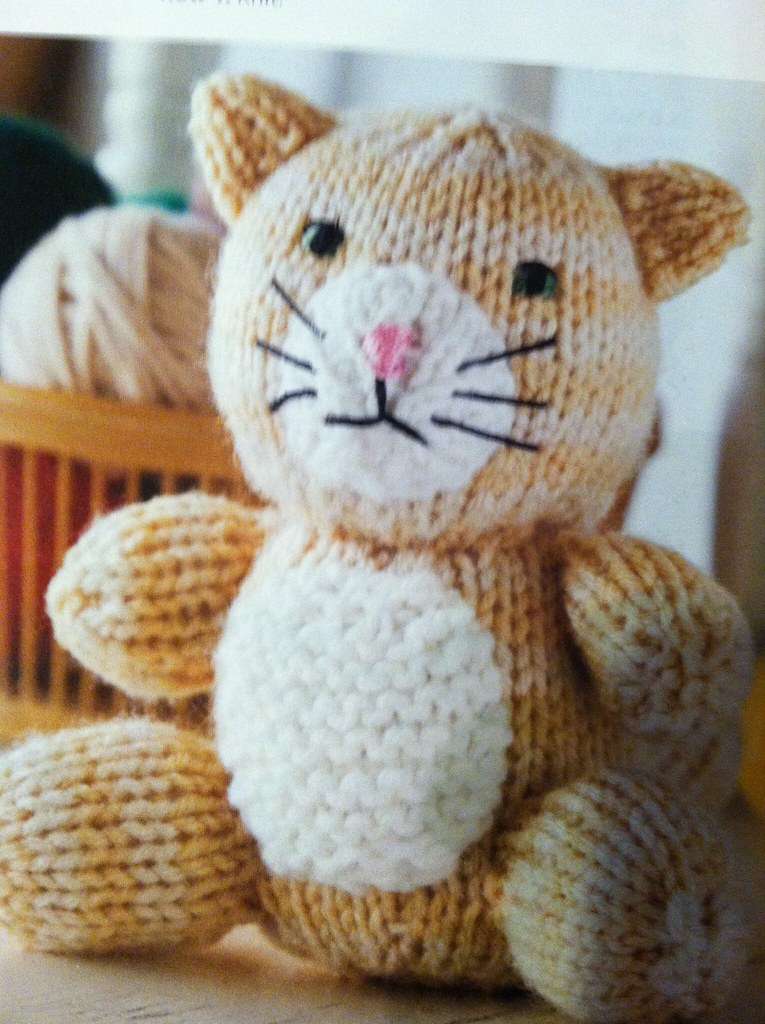 Amigurumi Knitted Animals : Amigurumi Animal Friends Knit Cat Learn more about this ...