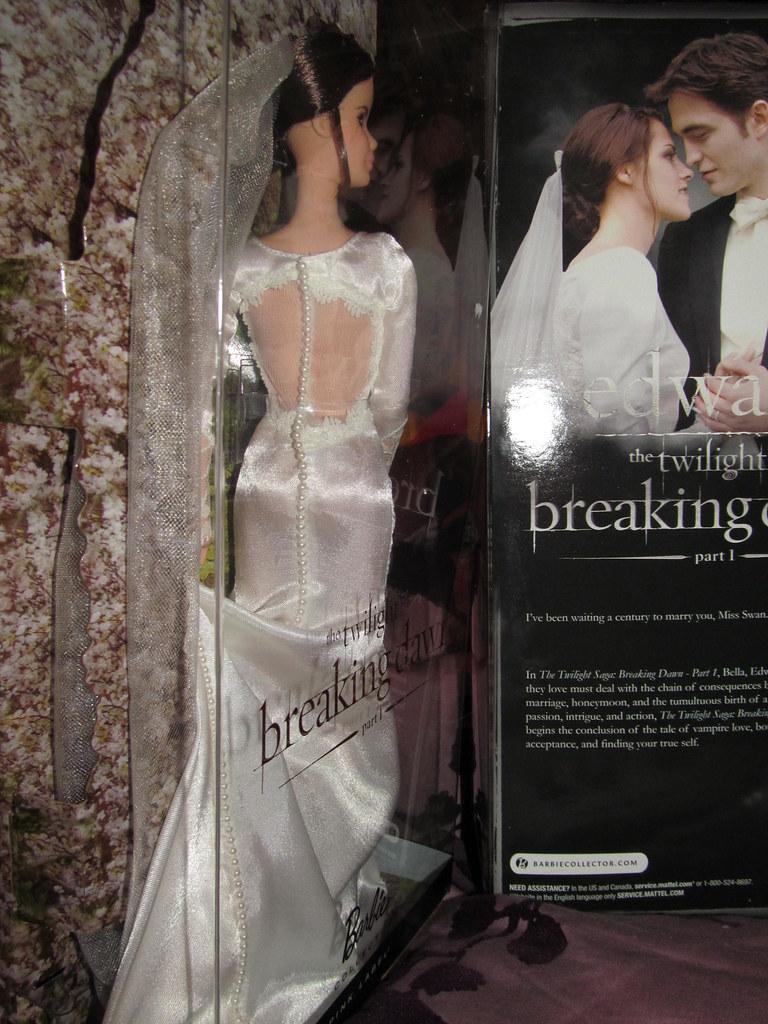 Bella Amp Edward Breaking Dawn Wedding Barbies Melissa