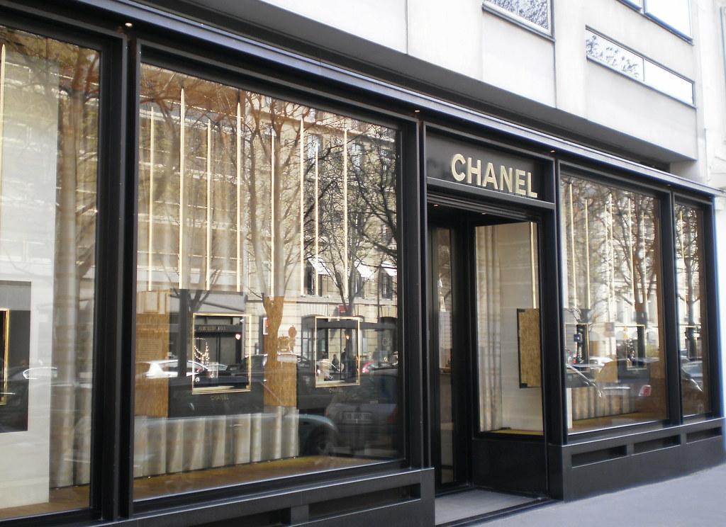 fashion houses paris france chanel couldn 39 t get a decen flickr. Black Bedroom Furniture Sets. Home Design Ideas