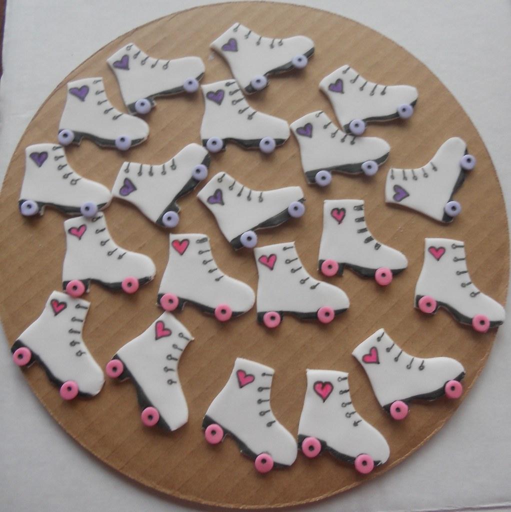 roller skate cupcake toppers cake by marisa flickr. Black Bedroom Furniture Sets. Home Design Ideas