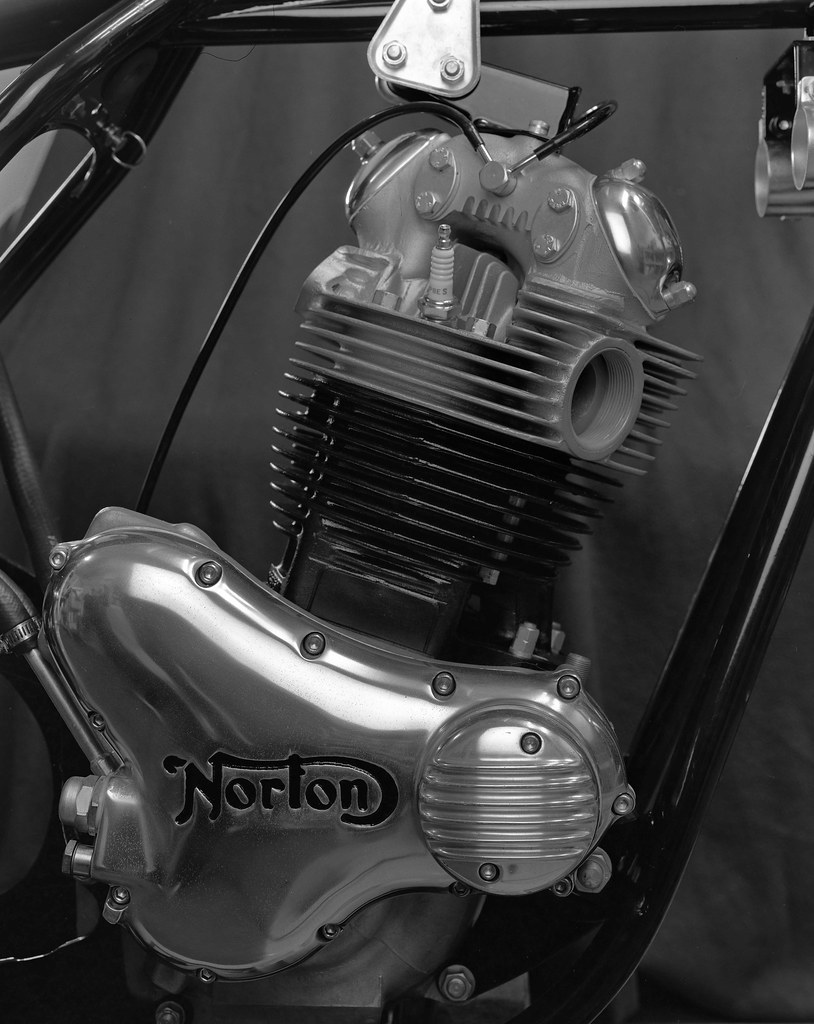 1973 norton commando 850 engine fuji 4x5 film home. Black Bedroom Furniture Sets. Home Design Ideas