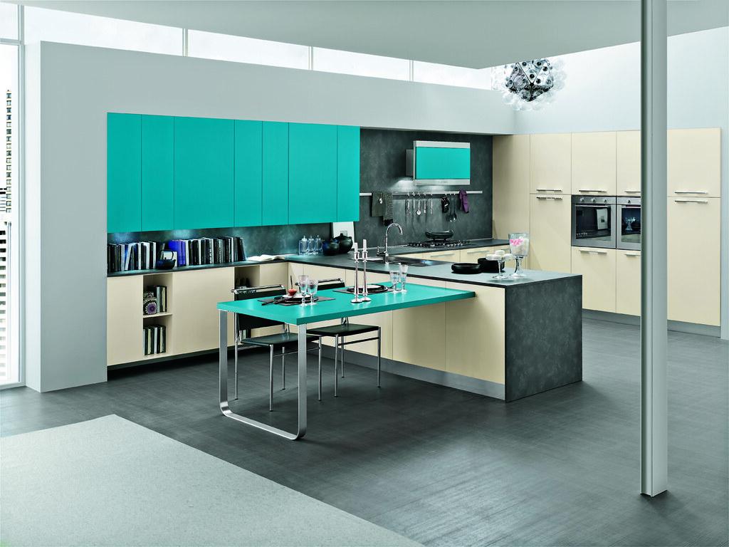 Cucina moderna con mobili color tortora e azzurro smeraldo… | Flickr