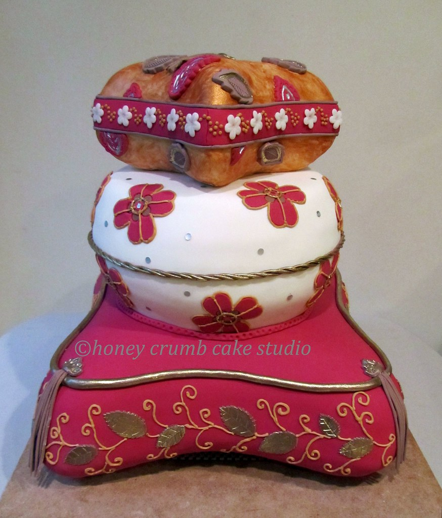 moroccan stacked pillows cake