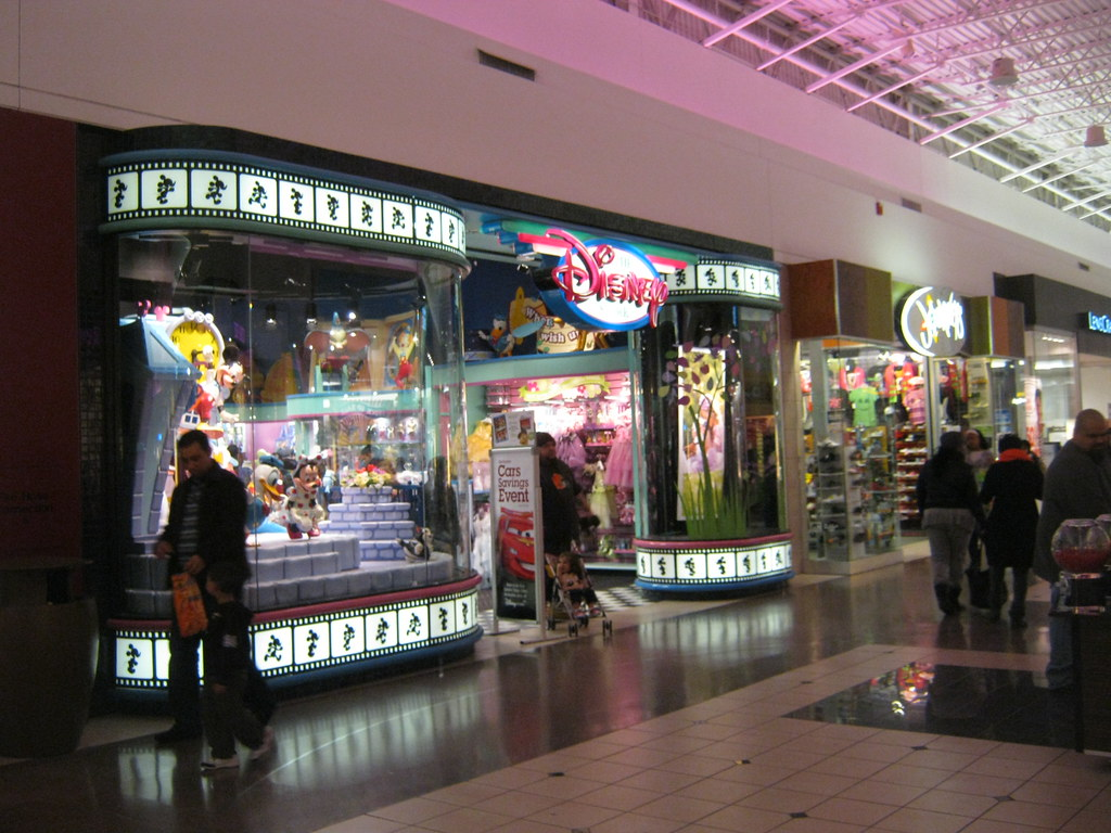 Clothing stores in chicago ridge mall