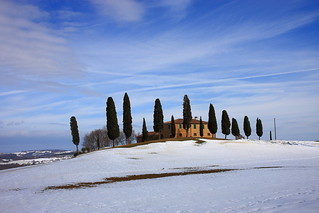 Snow on Tuscany | by deus77
