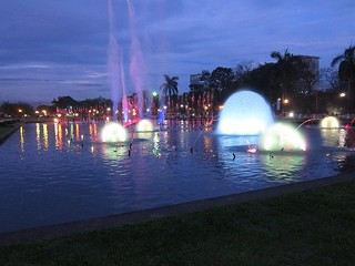 Musical Dancing Fountain, Rizal park, Manila | by jahapaula