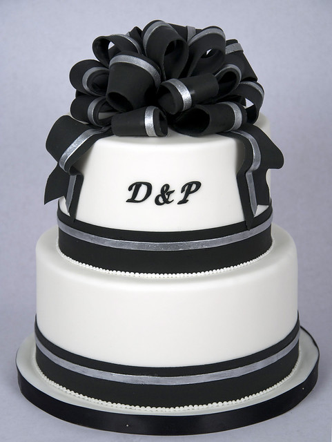 simple black and white wedding cakes w9030 simple black white wedding cake toronto2 flickr 19931