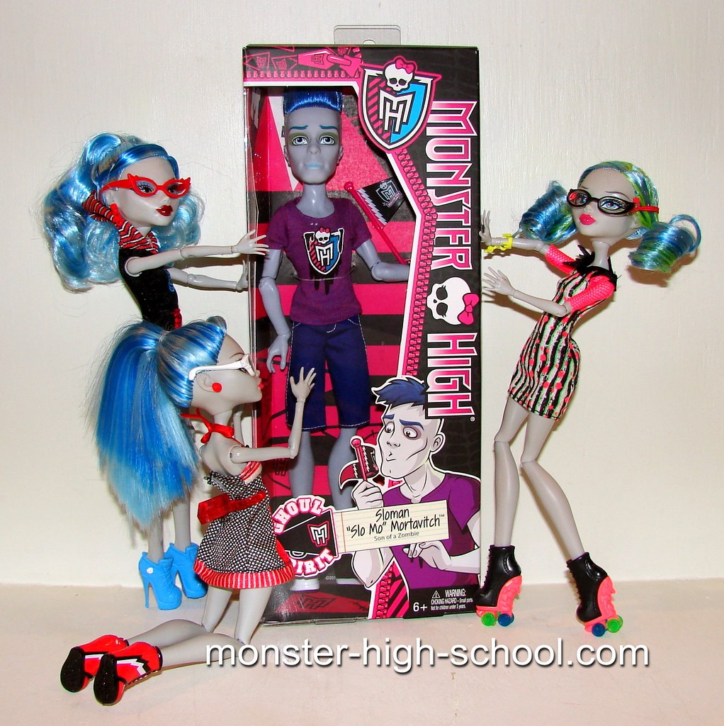 Monster high dolls pictures of