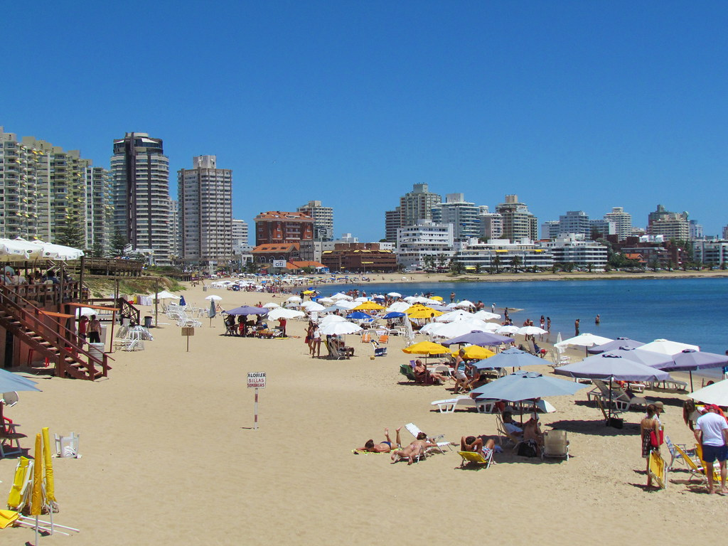 Punta Del Este Uruguay  city photos : Punta del Este, Uruguay, a popular beach resort | Punta del ...